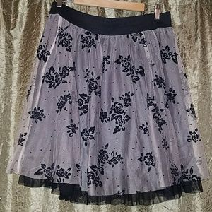 Beautiful lace Floral black and beige skirt